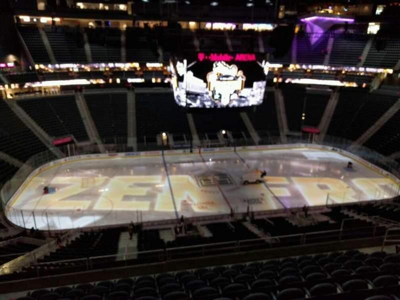 Uitzicht voor T-Mobile Arena Vak 204 Rij j Stoel 6