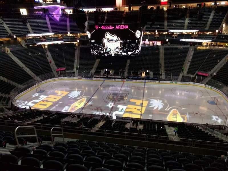 Uitzicht voor T-Mobile Arena Vak 224 Rij j Stoel 8