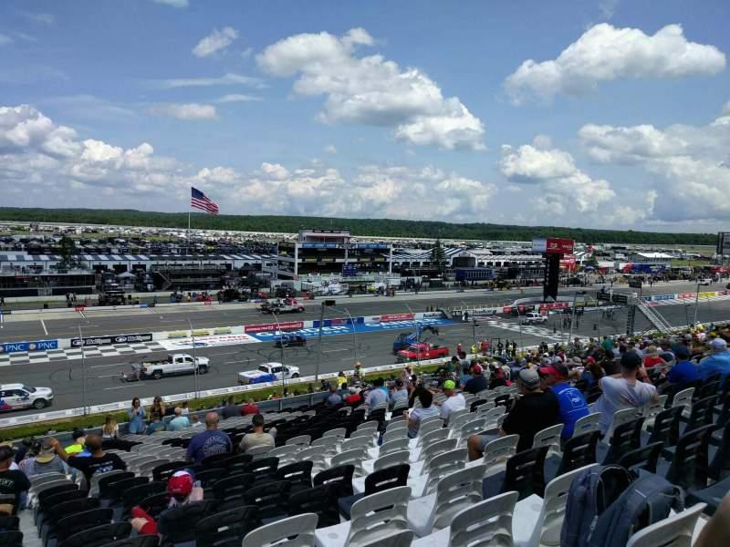 Pocono Raceway, vak: 230, rij: 40, stoel: 20