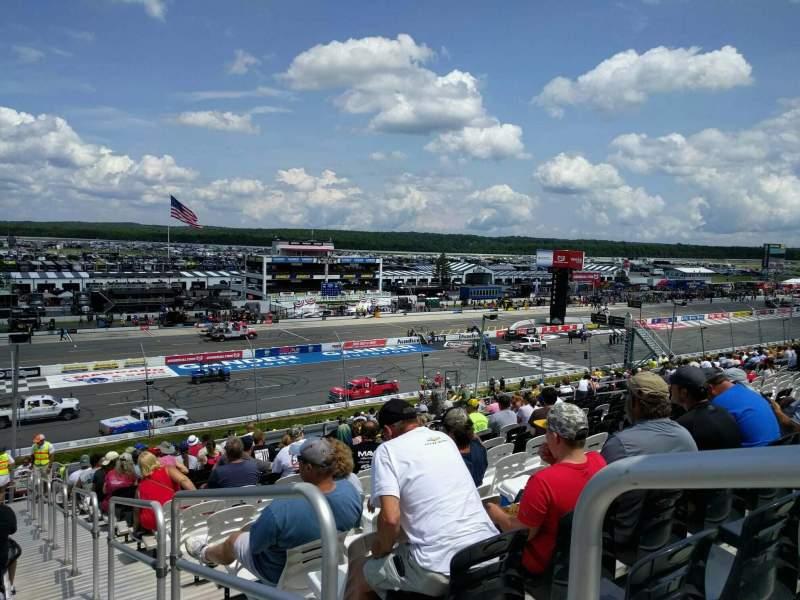 Pocono Raceway, vak: 229, rij: 39, stoel: 1