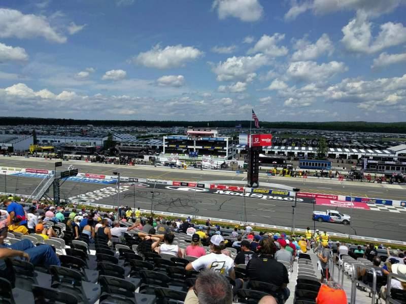 Pocono Raceway, vak: 232, rij: 44, stoel: 22