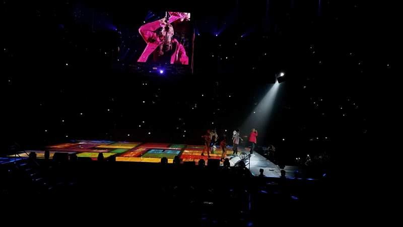 Royal Farms Arena, vak: 108, rij: h, stoel: 10