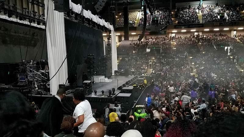 Royal Farms Arena, vak: 105, rij: J, stoel: 9
