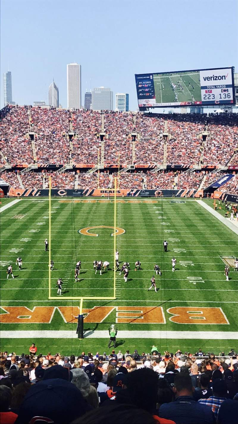 Soldier Field, vak: 322, rij: 3, stoel: 14