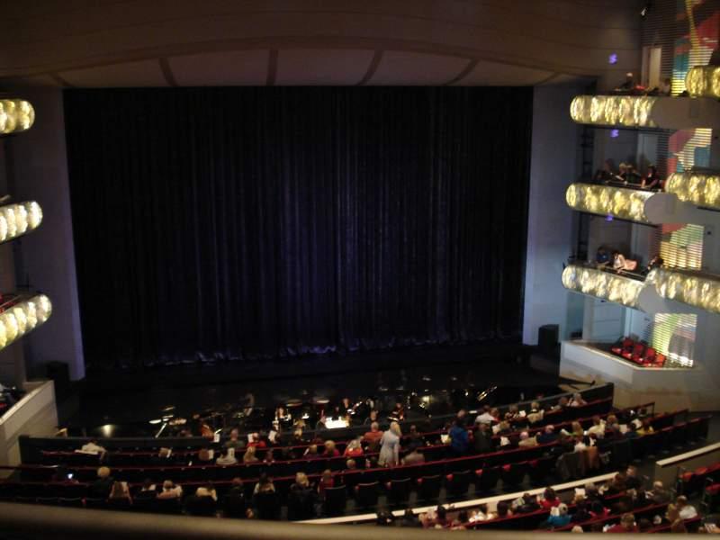 Uitzicht voor Kauffman Center for Performing Arts Vak Grand Terrance Rij BBB Stoel 103