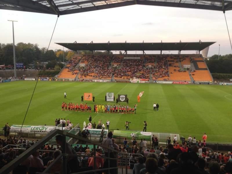 Uitzicht voor Stade Francis Le Basser Vak Loge Rij 4